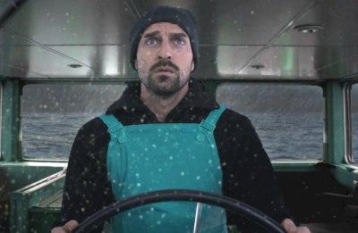 Kapitän am Steuer (Standbild aus Werbespot)